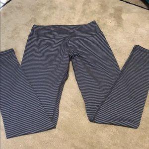 Kyodan black and grey striped leggings!